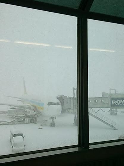 新千歳空港の雪