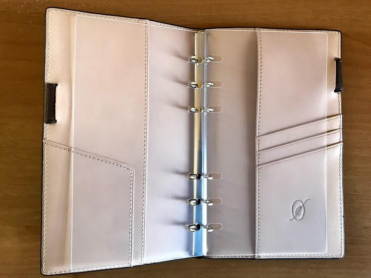 ダヴィンチバイブルサイズ用ガイドプロテクターをシステム手帳にセット