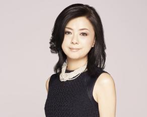 薬師丸ひろ子の魅力!円熟した演技派女優でありながらいまも変わらぬ透明感のある歌唱力は健在